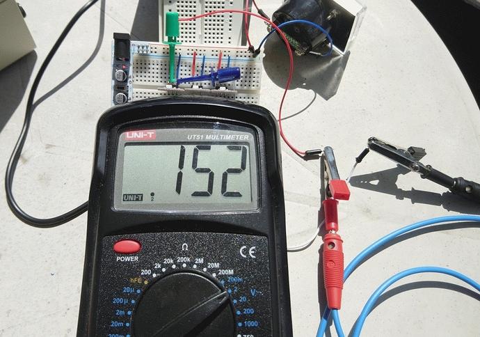 UV sensor Nr.1 - 152 mV